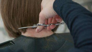 Tous les bienfaits de la coiffure en maison de retraite
